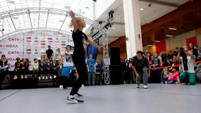 Видеоклип Hip-Hop Battle City Moll Dance II / Захарова vs Кучерявый (win)