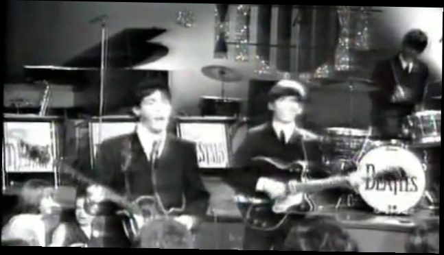Видеоклип The Beatles - I saw her standing there
