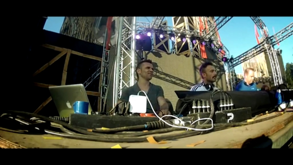 Видеоклип Noize Suppressor Live at Dominator 2013 - Carnival of Doom