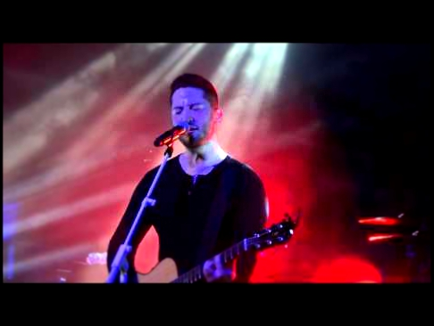 Видеоклип Boyce Avenue - Love Me Like You Do (Acoustic) @ Docks, Hamburg, Germany, 08/03/2016