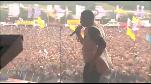 Видеоклип John Newman - Cheating @ Glastonbury 2014