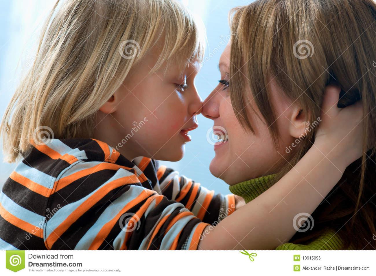 Сын и мама смотреть онлайн 14 фотография
