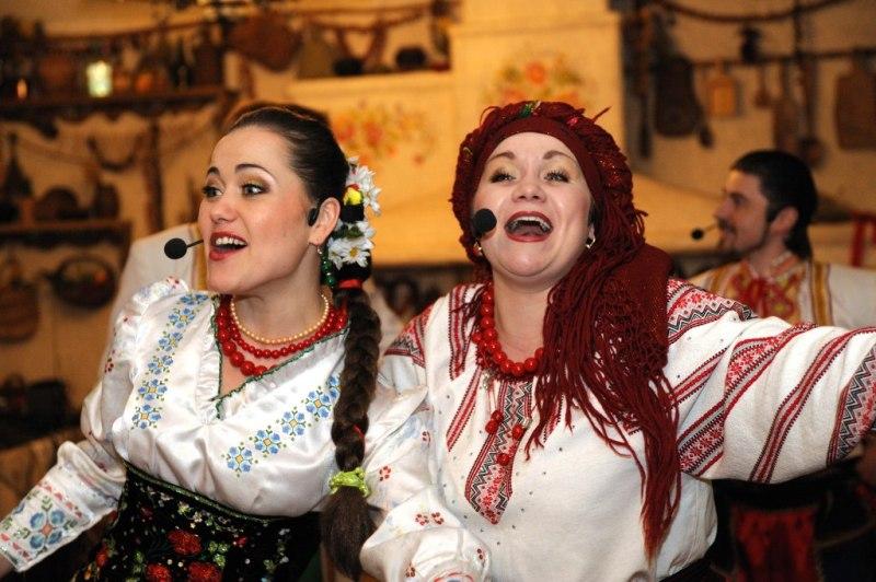 Скачать веселые украинские народные песни.